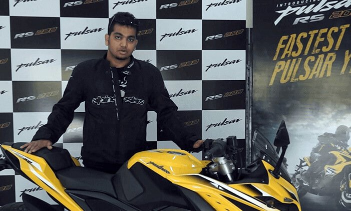 Pulsar RS 200 Review Parichay Malvankar