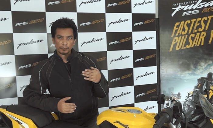 Pulsar RS 200 Review Saeed Akhtar